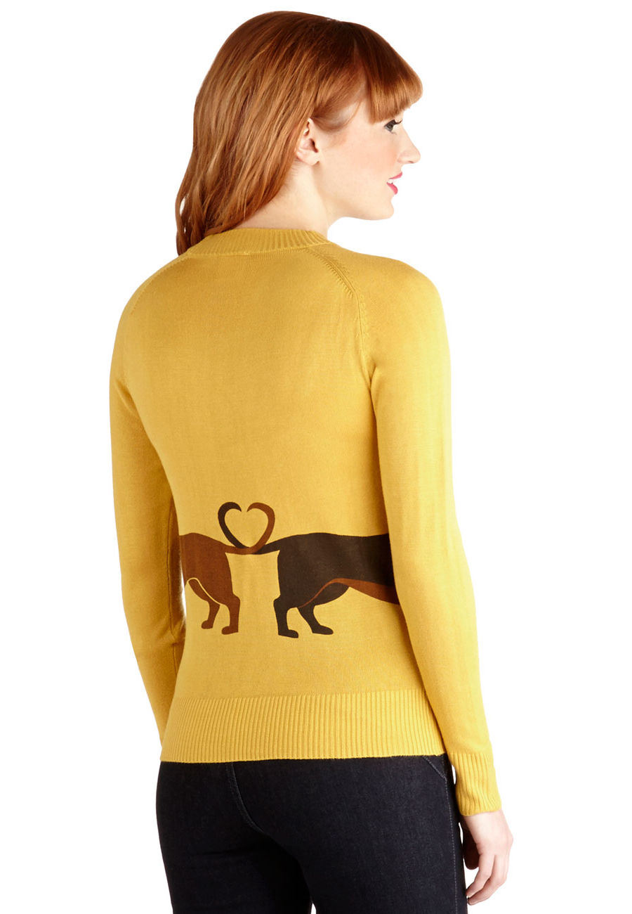 dachshund-couple-sweater/dachshundcouple-sweater-back.png
