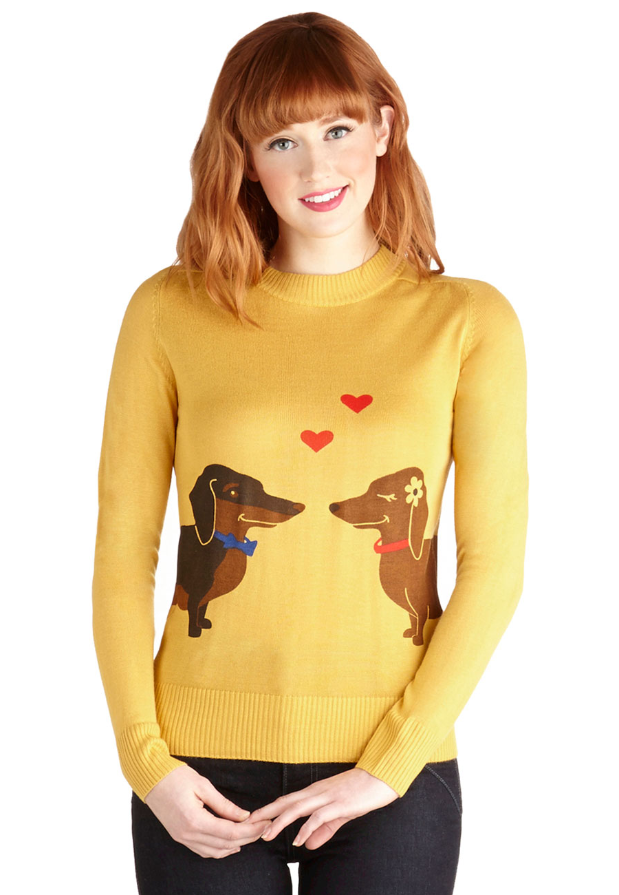 dachshund-couple-sweater/dachshundcouple-sweater-front.png